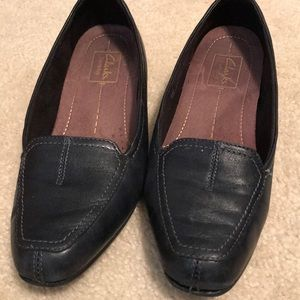 Clarks Shoes - Navy blue flats